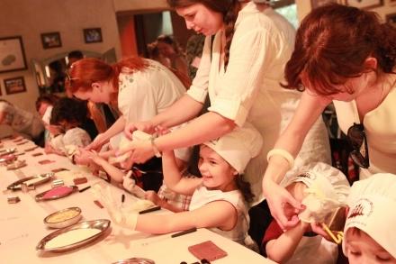 Солодке свято для маленьких гурманів