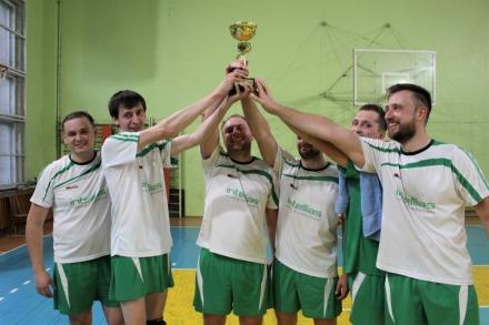 Перемога Intellias у львівській ІТ-Лізі з волейболу!