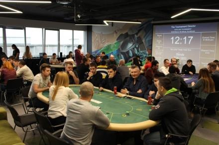 All in: турнір Intellias зі спортивного покеру