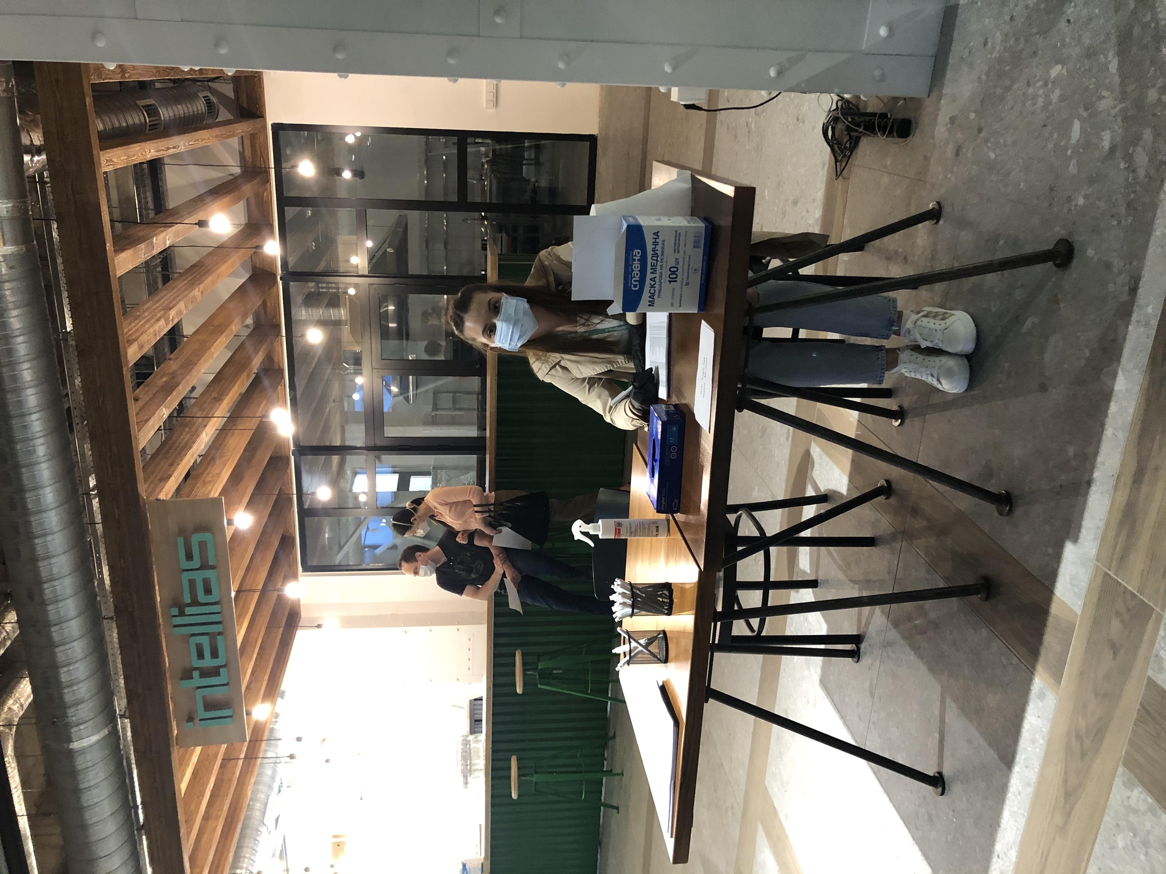 Intellias провакцинував від COVID-19 спеціалістів львівського офісу та їхніх родичів